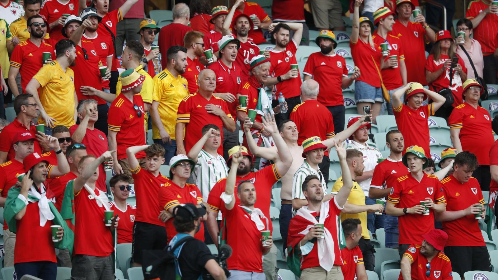 Trực tiếp Thổ Nhĩ Kỳ 0-0 Xứ Wales: Quyết chiến giành 3 điểm