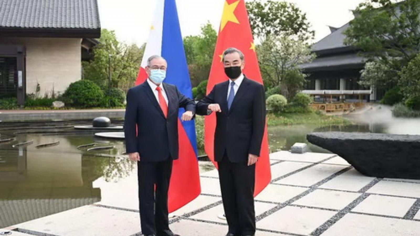 """Trung Quốc khẳng định không có """"chiếc bẫy"""" nào trong hợp tác với Philippines"""