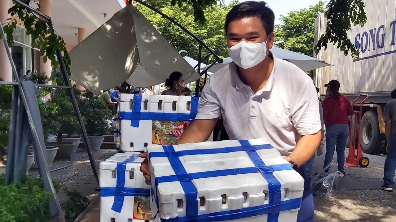 Đà Nẵng hỗ trợ tiêu thụ hơn 70 tấn vải thiều cho Bắc Giang