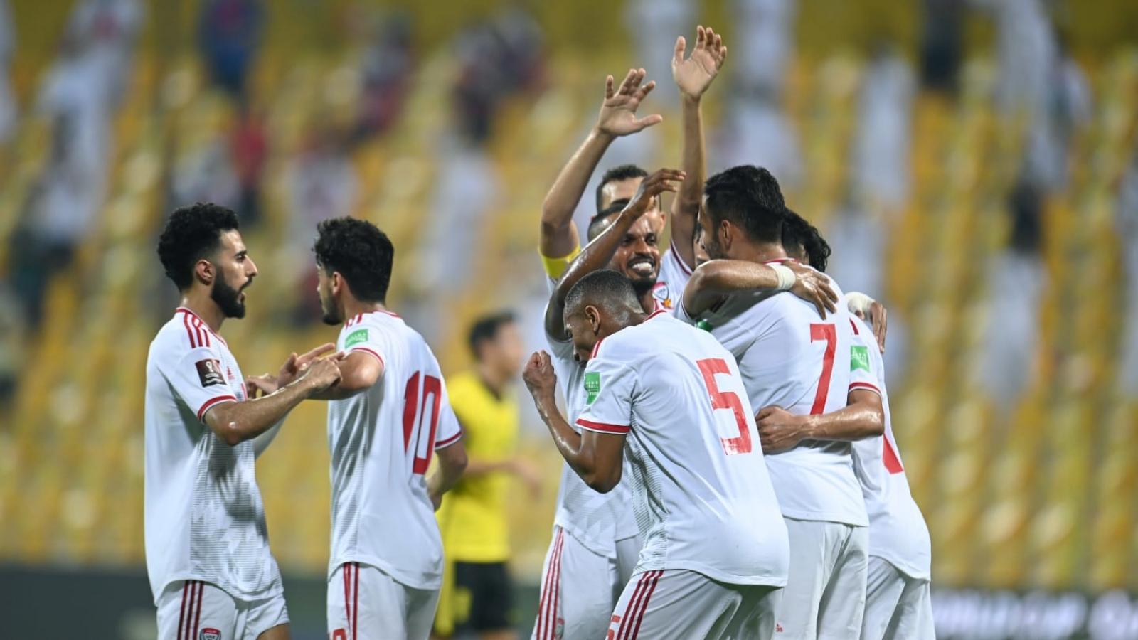 """Thái Lan thua đậm UAE ở trận cầu """"sinh tử"""""""
