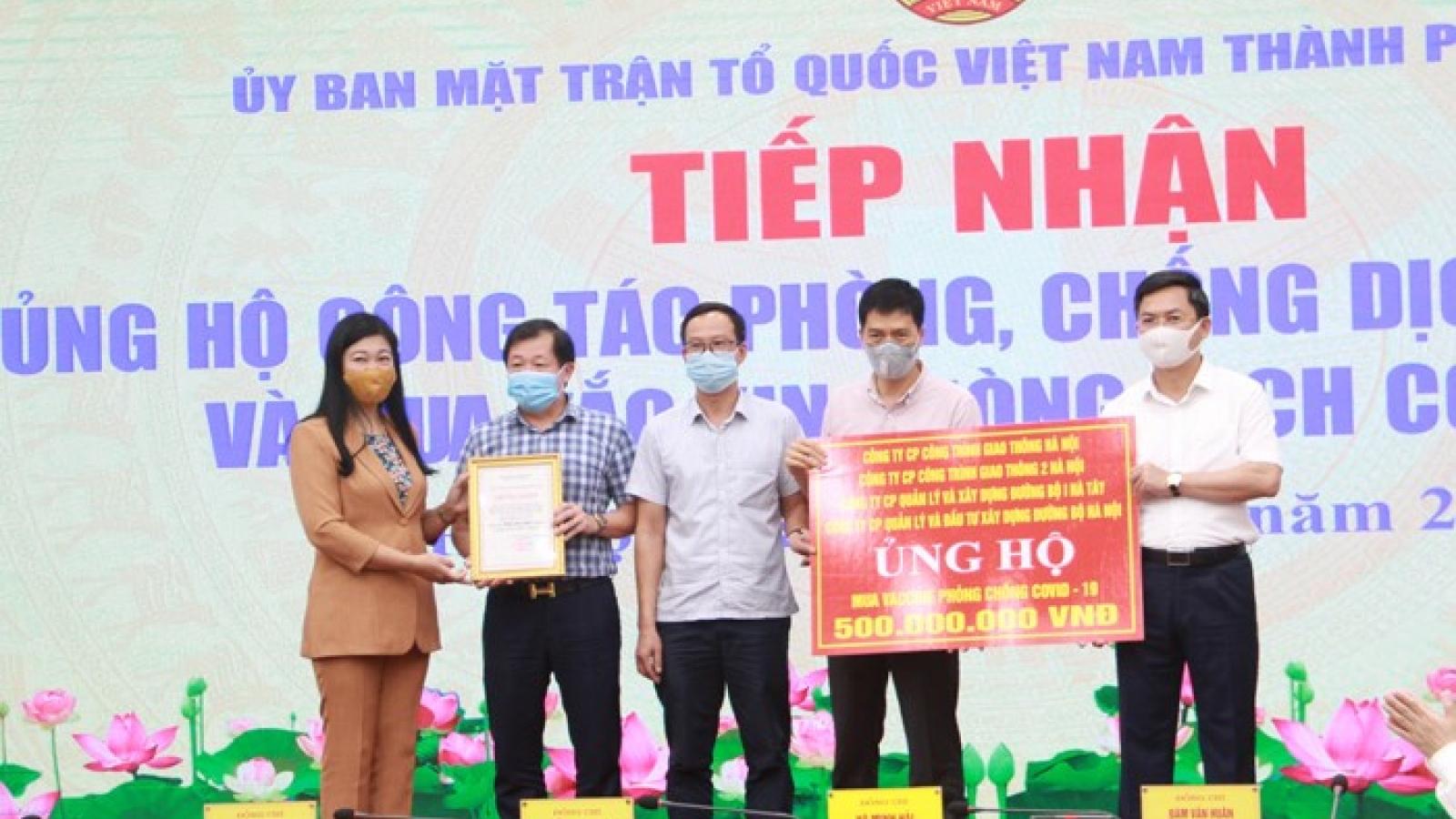 Hà Nội tiếp nhận hơn 20 tỷ đồng ủng hộ mua vaccine Covid-19