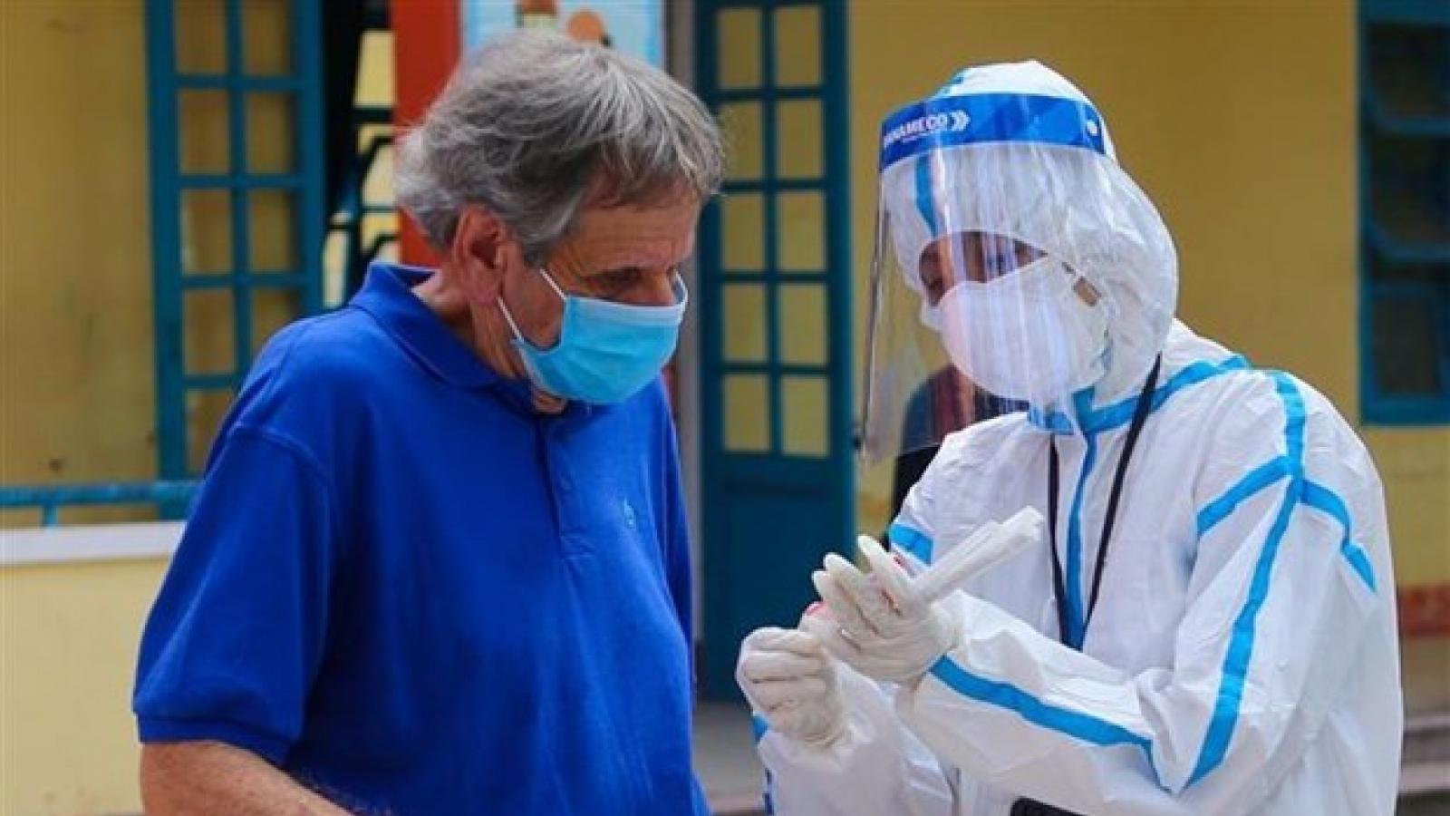 Việt Nam không phân biệt đối xử với người nước ngoài trong tiêm chủng vaccine Covid-19
