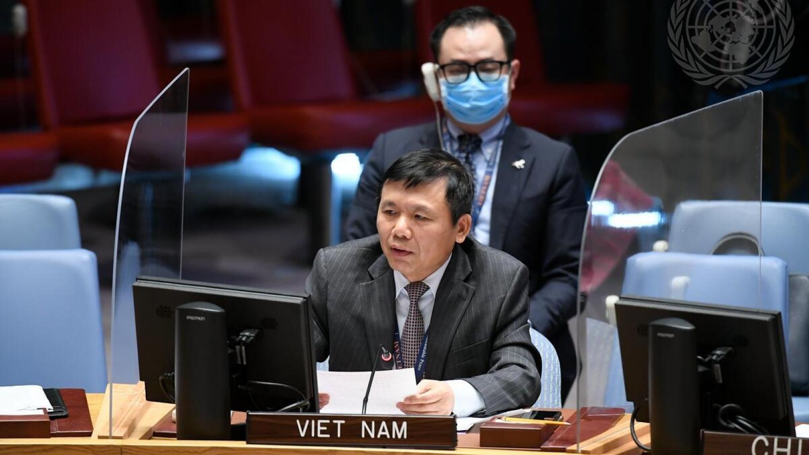 Việt Nam khẳng định không có giải pháp quân sự nào cho cuộc xung đột ở Yemen