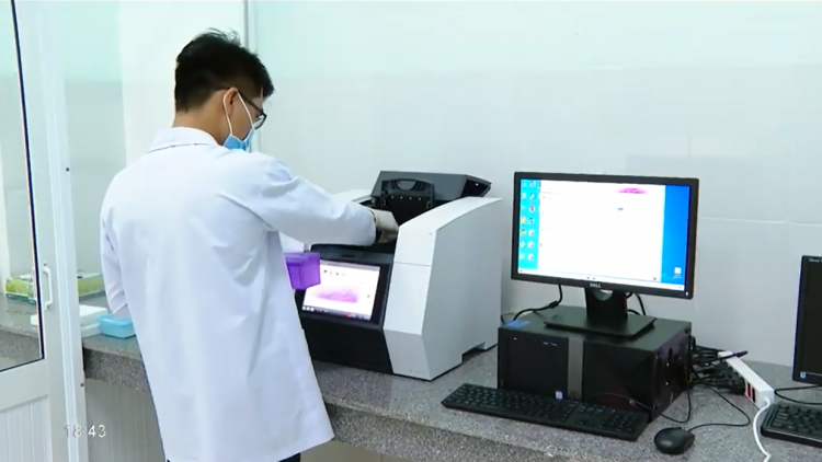 Năng lực xét nghiệm virus SARS-CoV-2 ở Vĩnh Long sẽ đạt 3.000 mẫu mỗi ngày