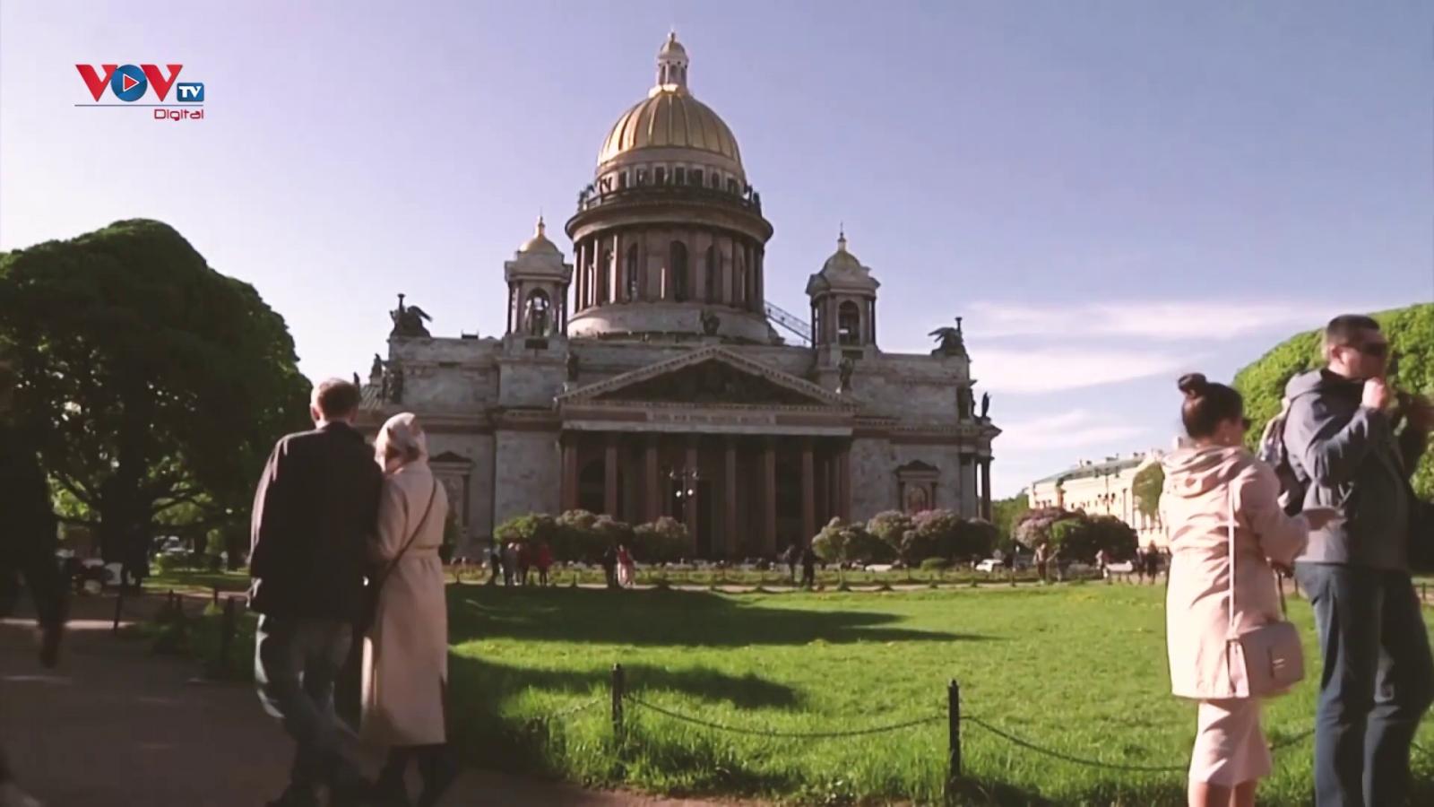 Khám phá các thành phố chủ nhà Euro 2020: St. Petersburg, Nga