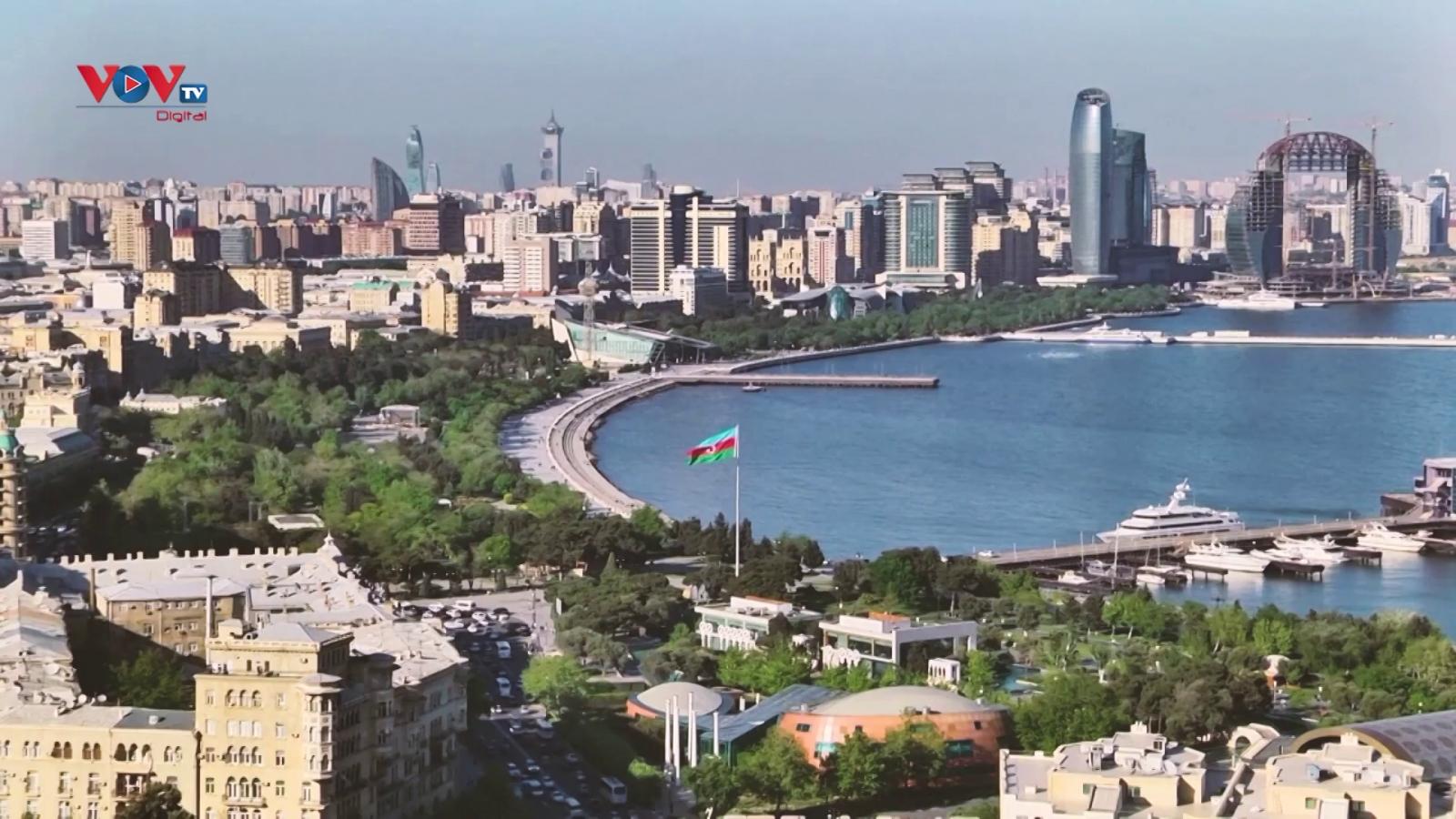 Khám phá các thành phố chủ nhà Euro 2020: Baku, Azerbaijan