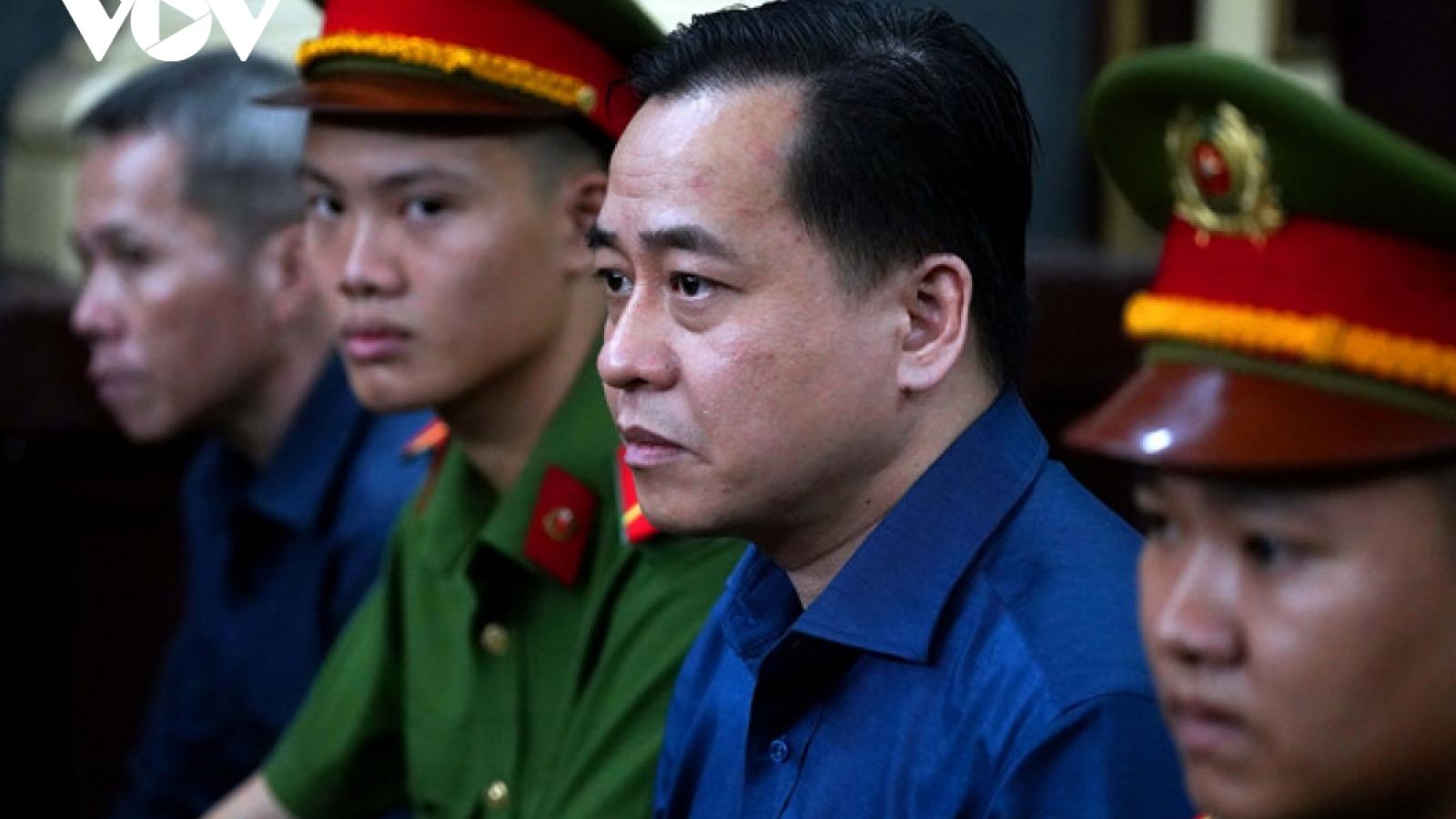 """Bị can Nguyễn Duy Linh bị """"nhắc tên"""" trong vụ Phan Văn Anh Vũ?"""