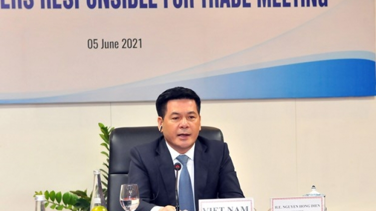 Vietnam calls for initiatives to ensure efficient functioning of APEC supply chains
