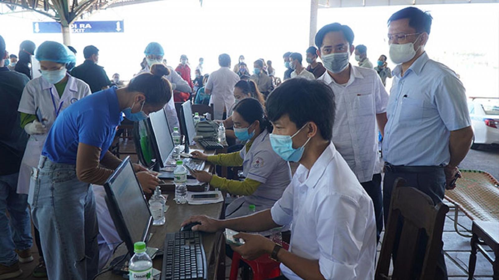 Huế điều chỉnh cấp độ phòng dịch đối với người dân từ TP Đà Nẵng về