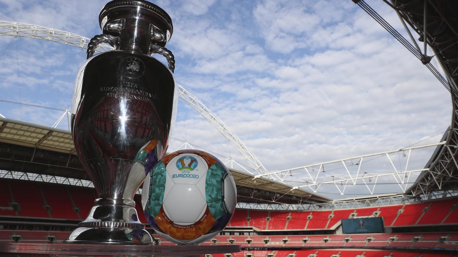 Sân Wembley có nguy cơ bị tước quyền đăng cai trận chung kết EURO 2021