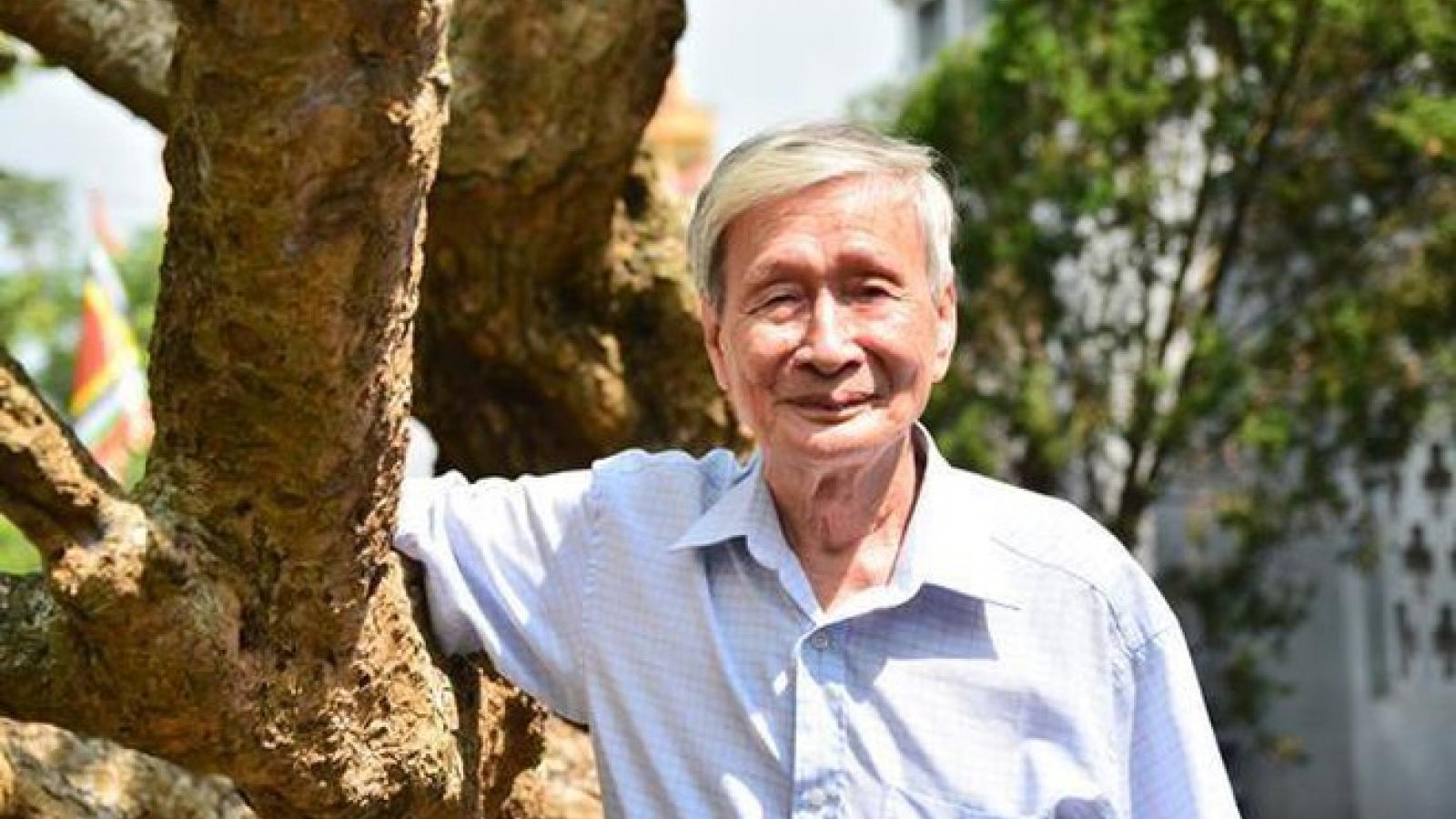 Nhà văn Nguyễn Xuân Khánh - Một đời người nhẫn nại, một đời văn kiên cường