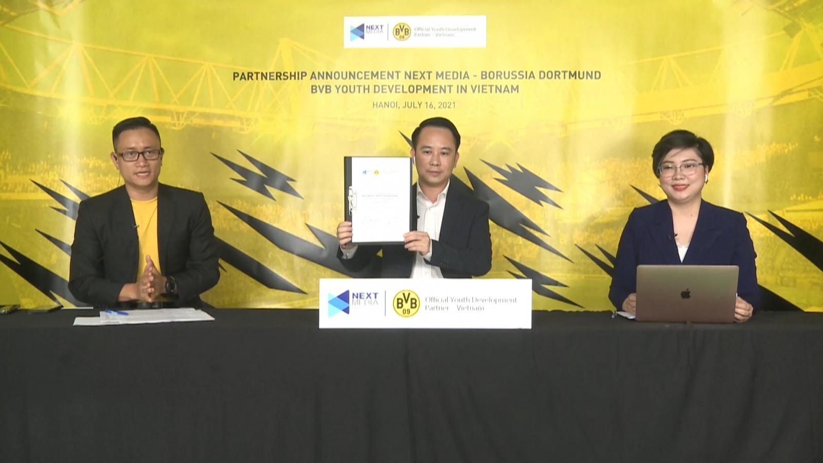 """Borussia Dortmund """"chọn mặt gửi vàng"""", mở học viện bóng đá trẻ ở Việt Nam"""