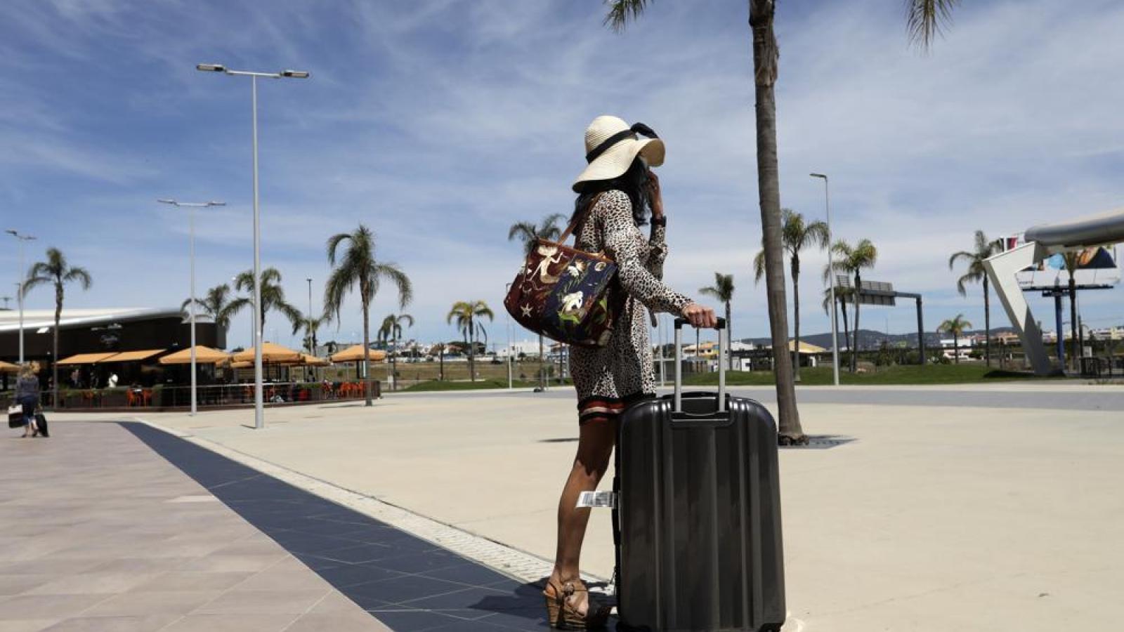Du lịch châu Âu đối mặt thêm một mùa hè ảm đạm