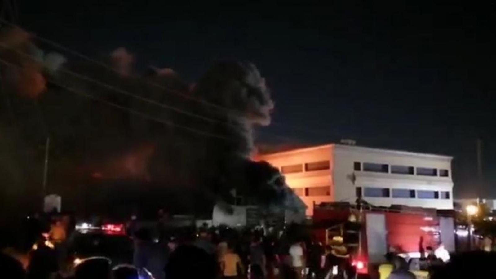 Cháy bệnh viện cách ly bệnh nhân Covid-19, hàng chục người thiệt mạng