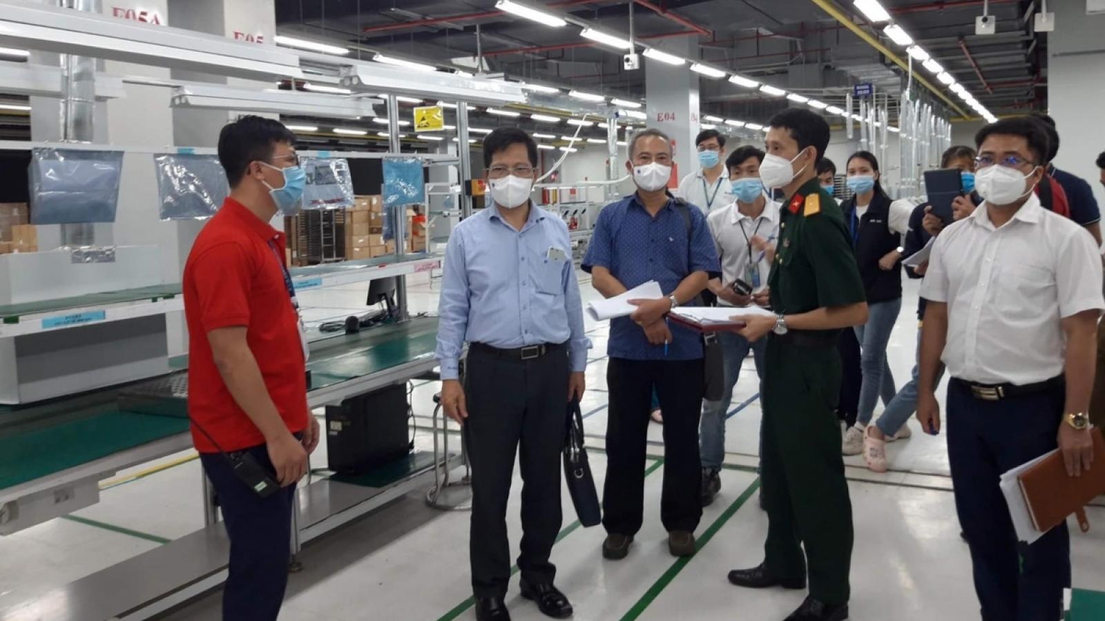 """Ngăn dịch Covid 19 trong khu công nghiệp: Công nhân phải """"3 cùng"""""""