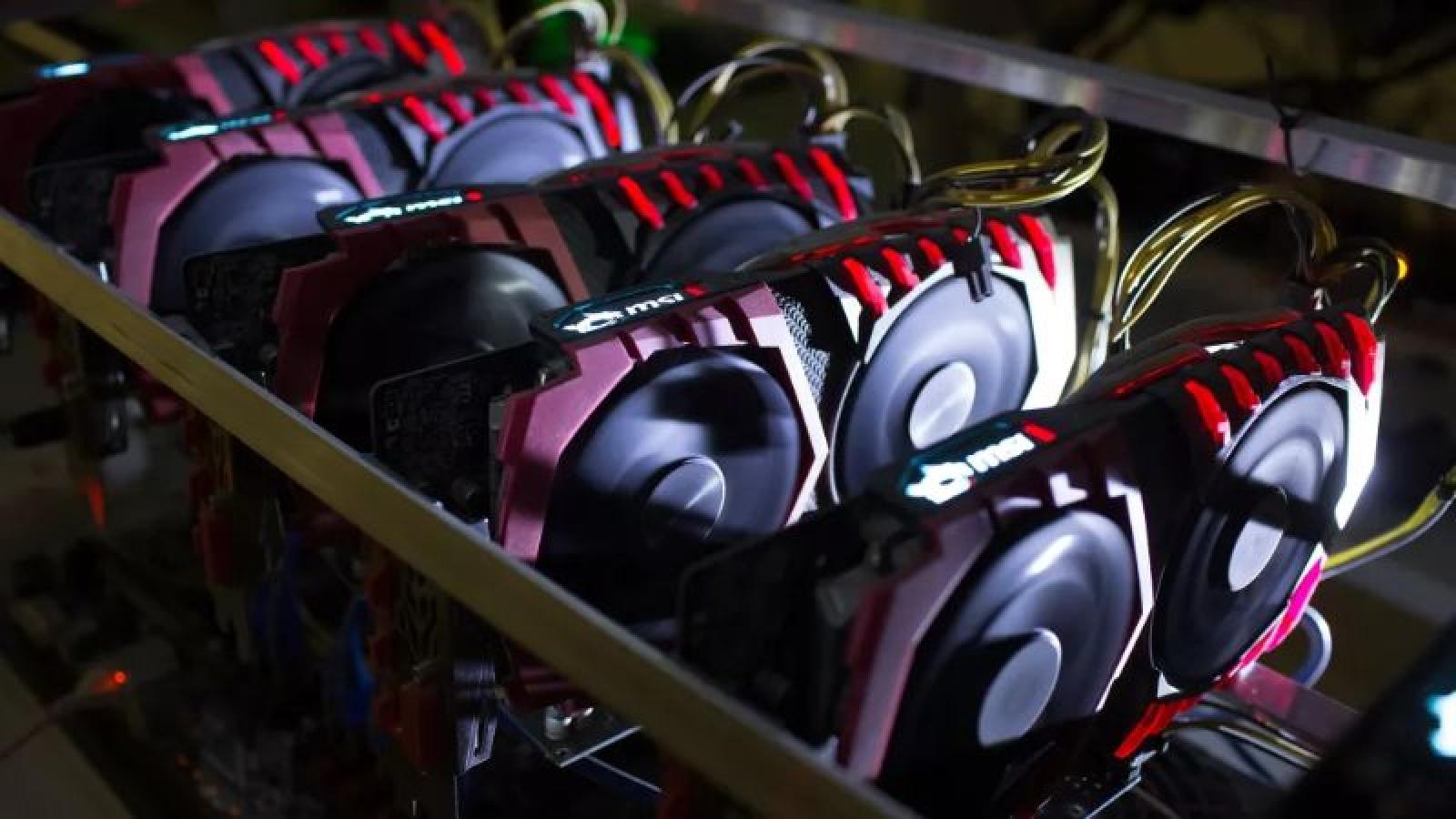 Các thợ đào tiền điện tử ở Trung Quốc bán tháo card đồ họa