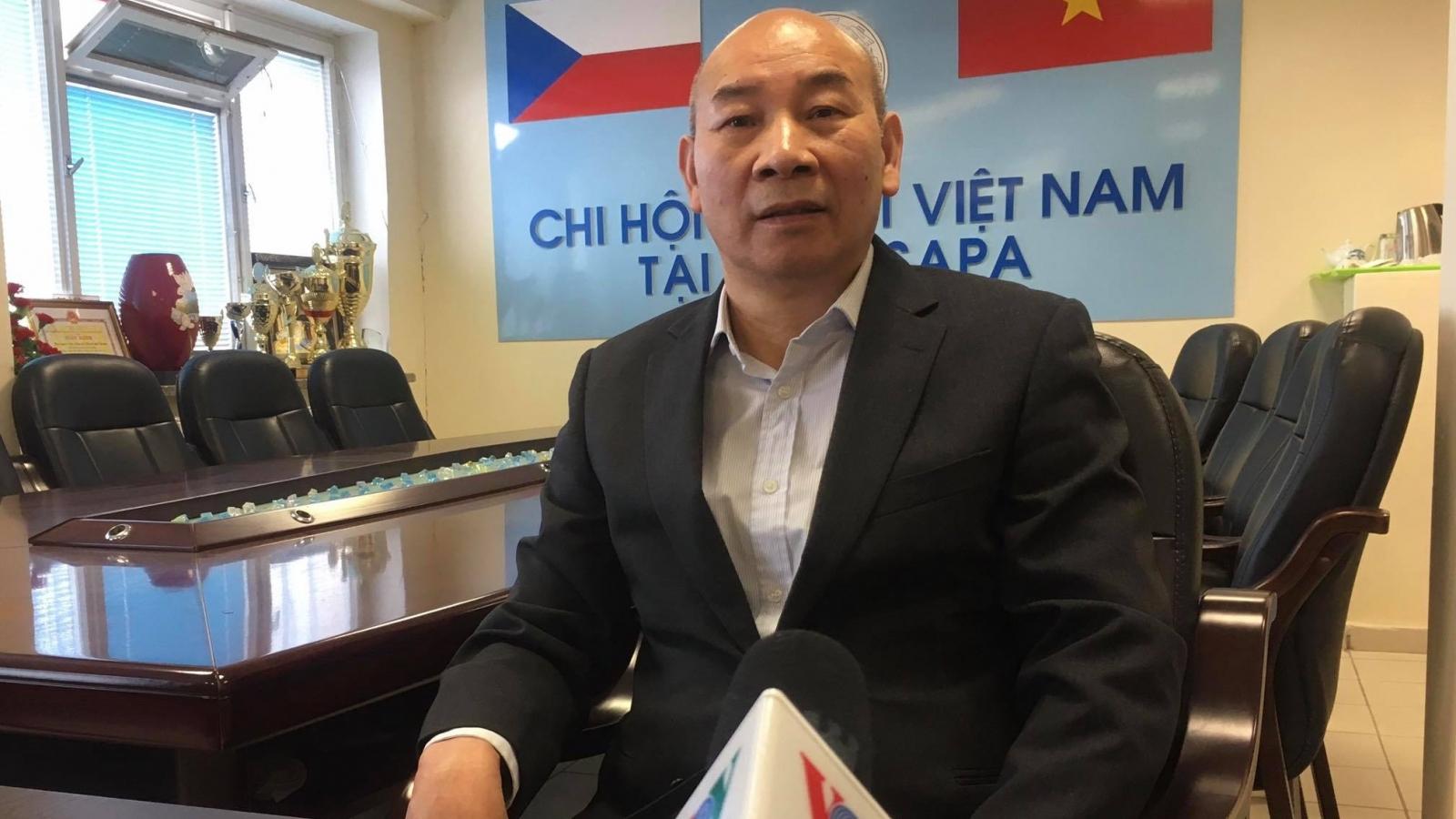 Kiều bào tin tưởng vào con đường đi lên chủ nghĩa xã hội ở Việt Nam