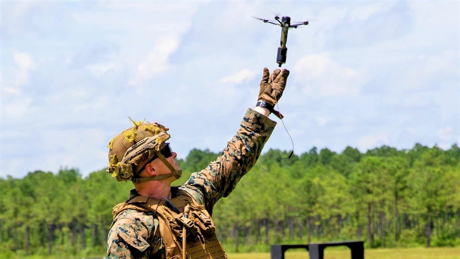Drone40 - UAV mini lợi hại có thể tấn công theo kiểu bầy đàn