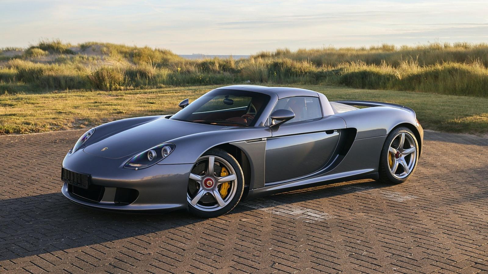 Cận cảnh Porsche Carrera GT từng được sở hữu bởi tay đua Jenson Button