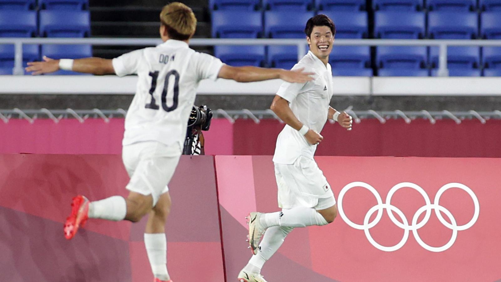 Trực tiếp Pháp 0 - 3 Nhật Bản: Tiễn khách về nước