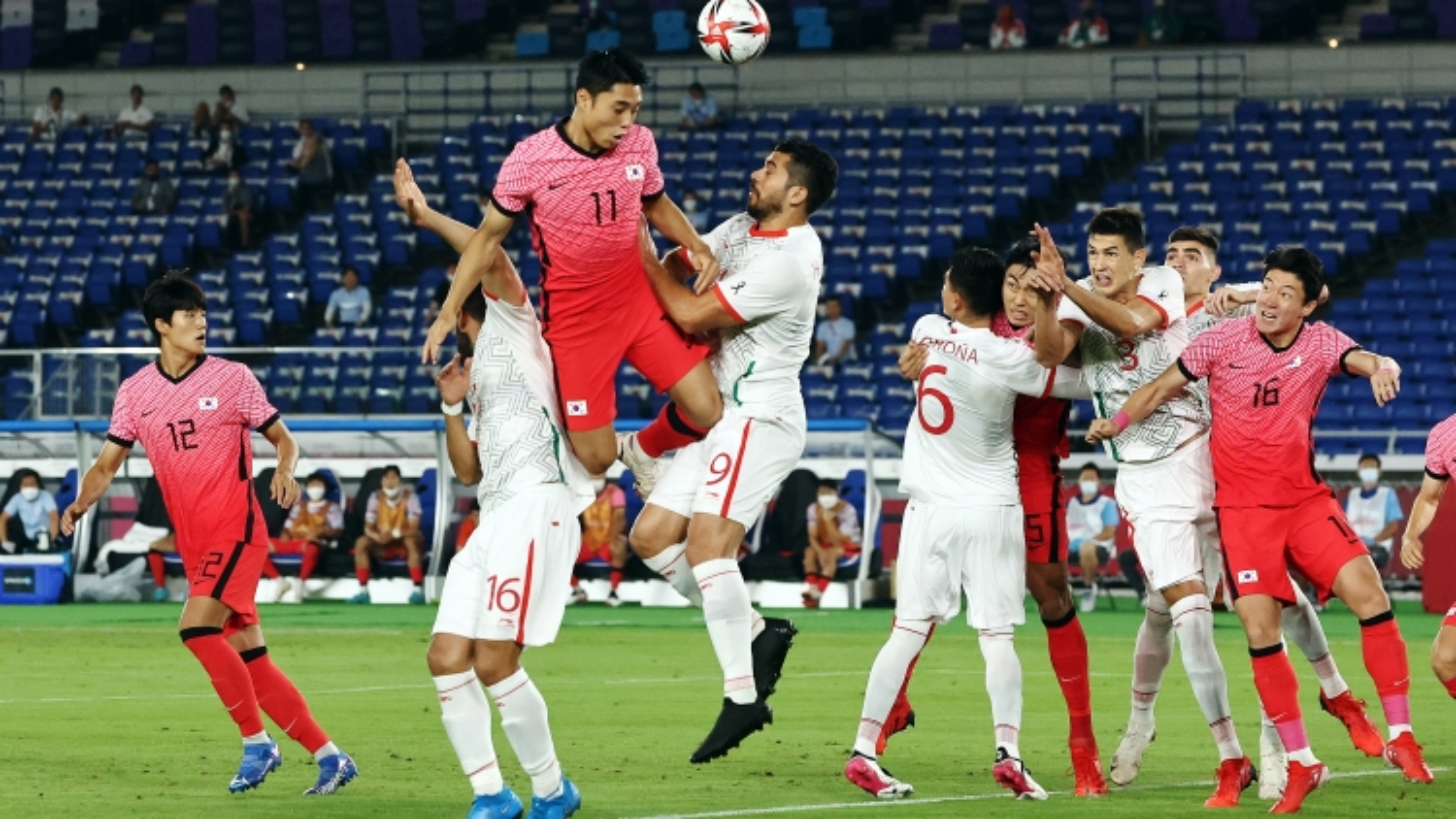TRỰC TIẾP Hàn Quốc 1-1 Mexico: Lee Dong Gyeong lập siêu phẩm