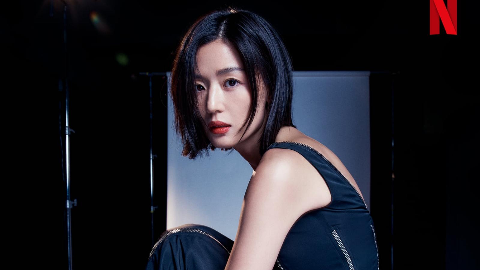 """Jun Ji Hyun bị chê diễn xuất, đạo diễn """"Kingdom: Ashin of the North"""" lên tiếng"""
