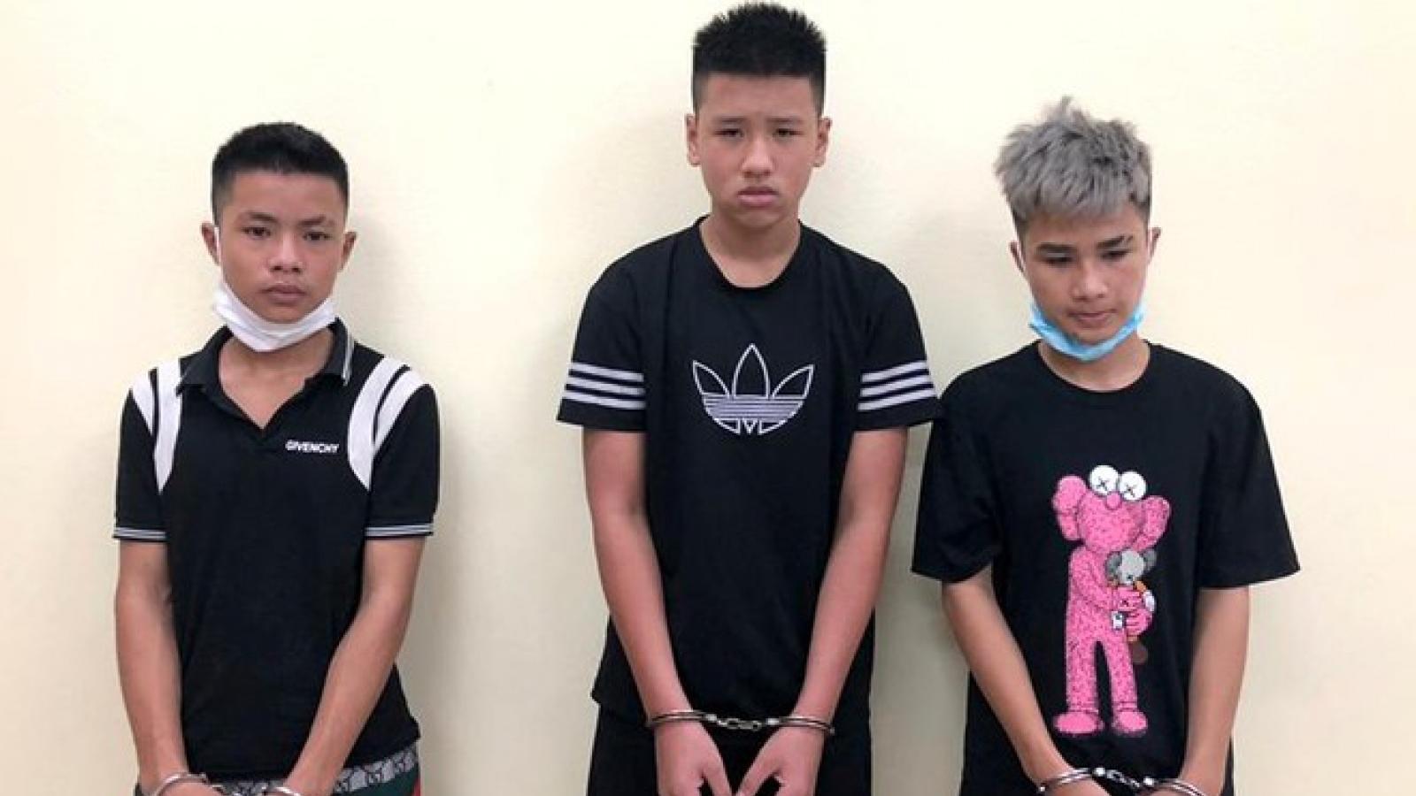 Nhóm học sinh nghiện game rủ nhau đi cướp tại Hà Nội