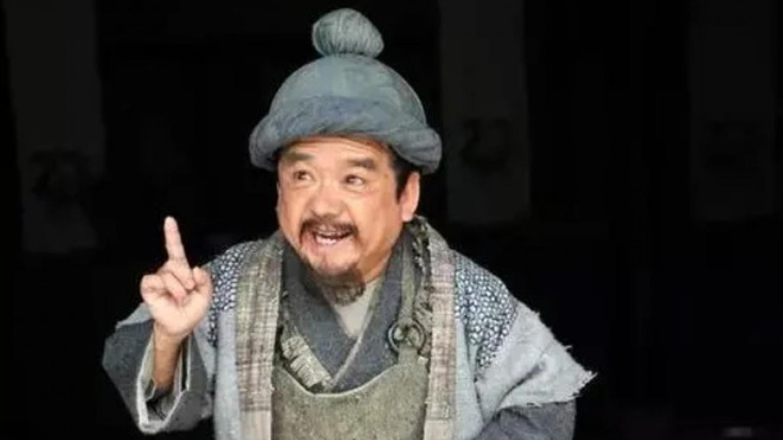 """Nam diễn viên """"lùn nhất Trung Quốc"""": Lấy 4 người vợ đều là... mỹ nữ"""