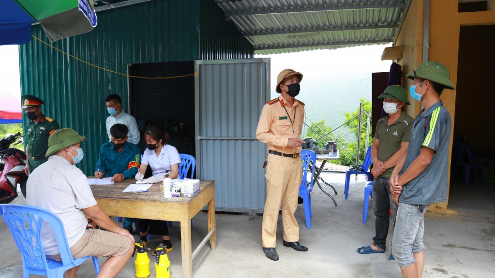 2 người Bắc Giang băng rừng trốn chốt kiểm soát dịch sang Quảng Ninh