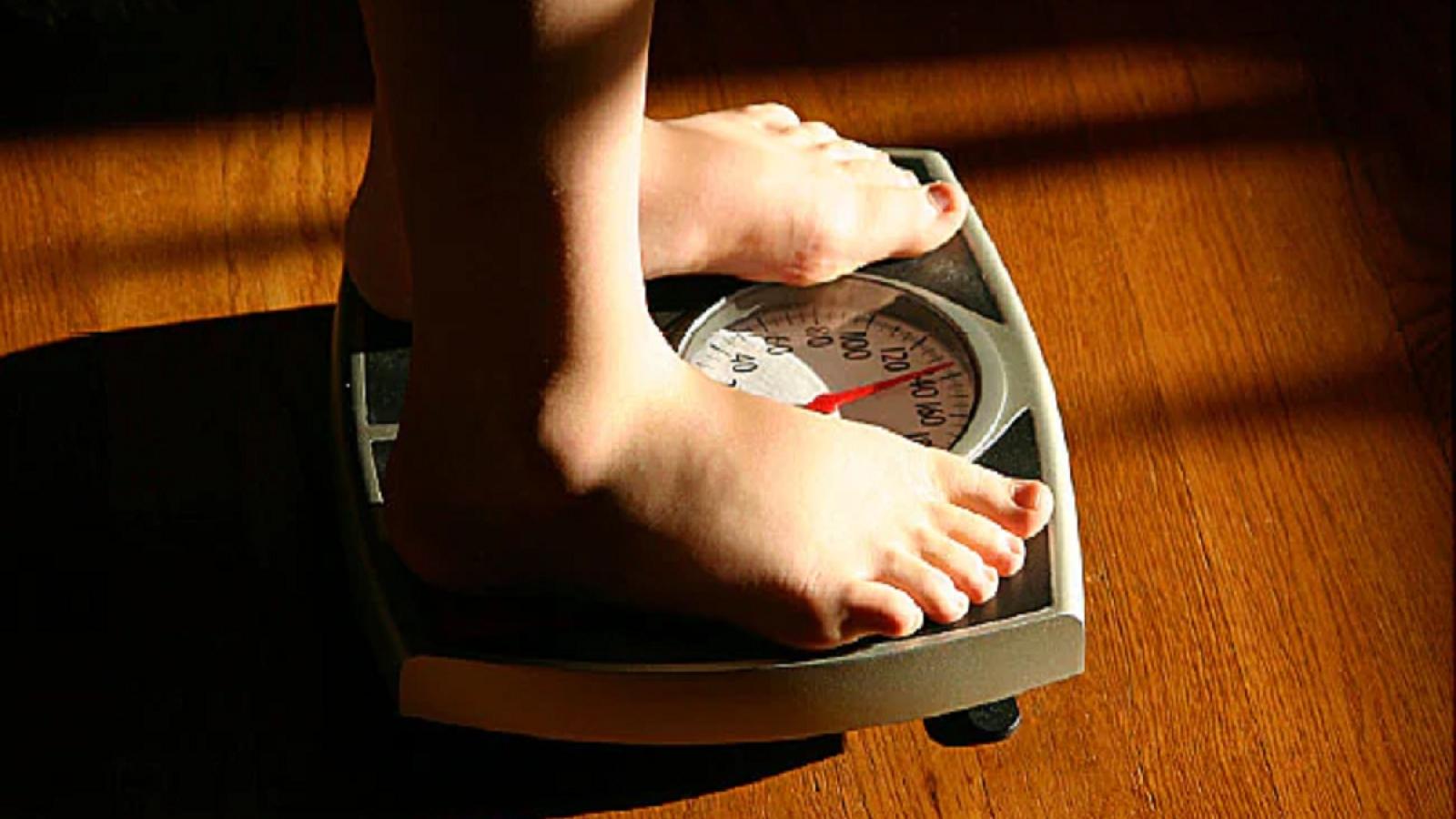 Thanh thiếu niên bị béo phì có nguy cơ mắc các bệnh nguy hiểm khi trưởng thành