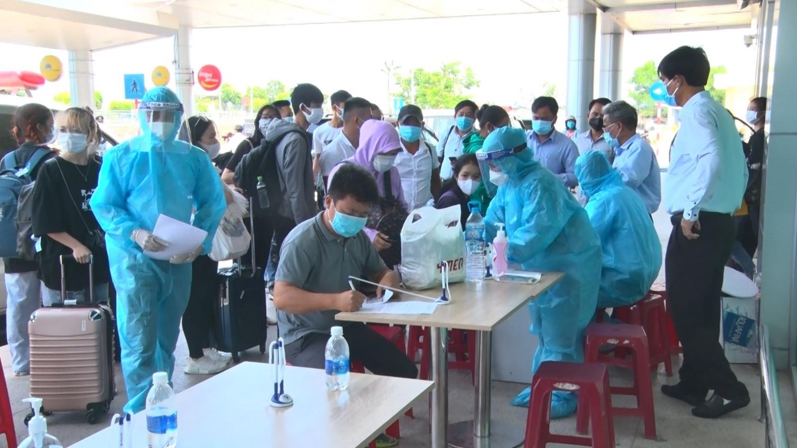Quảng Nam xem xét giải quyết việc làm cho người lao động về từ TP.HCM