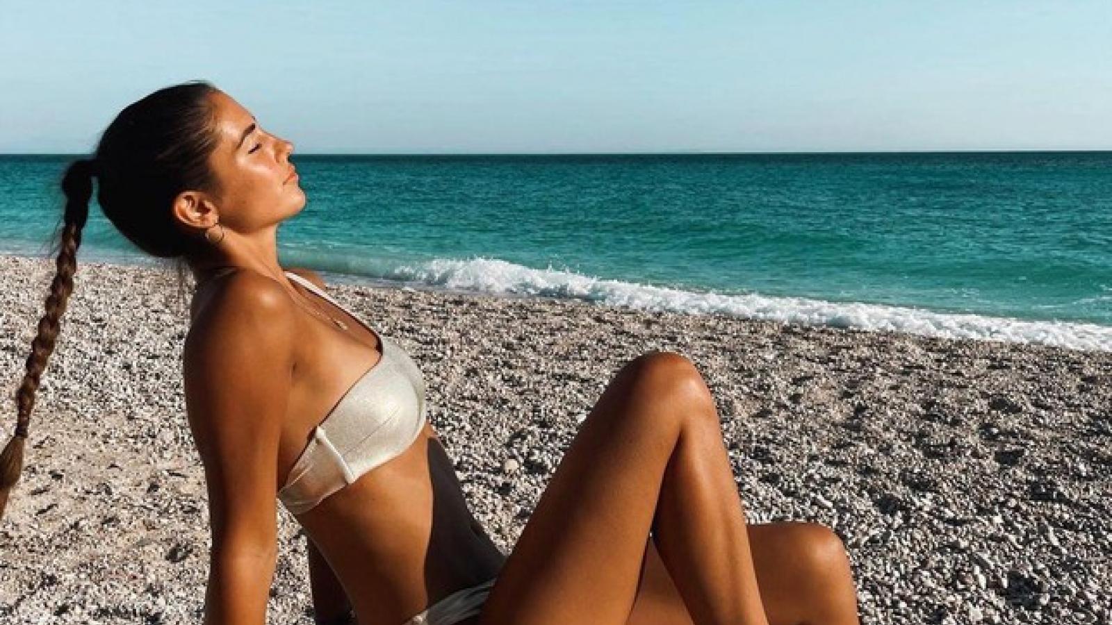 Người đẹp nói được 5 thứ tiếng trở thành Hoa hậu Trái đất Kosovo 2021