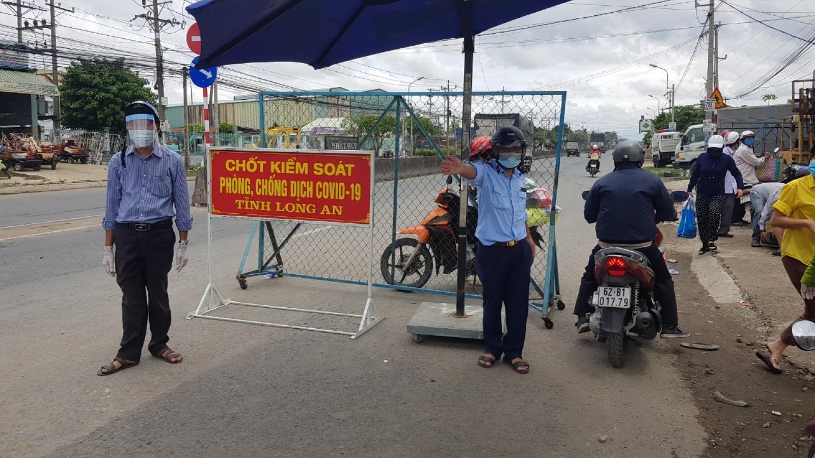 """Doanh nghiệp tạiLong Ankhông đáp ứng """"3 tại chỗ"""" sẽ phảitạm dừng hoạt động"""