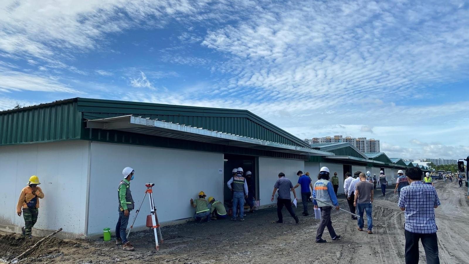 TP.HCM khẩn trương xây Bệnh viện dã chiến số 13 và Trung tâm Hồi sức tích cực 500 giường