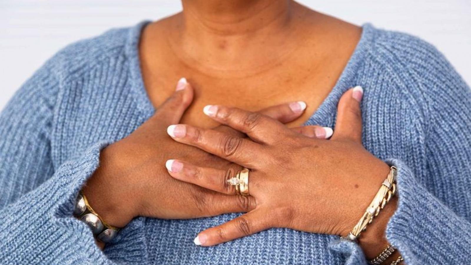 10 nguy cơ sức khỏe ở phụ nữ hậu mãn kinh