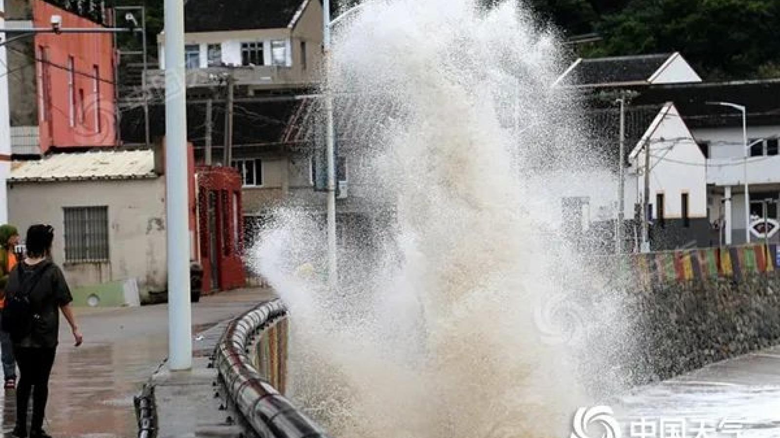 Bão In-Fa chính thức đổ bộ lần 2 vào Trung Quốc, đe dọa gây mưa cực lớn và ngập lụt