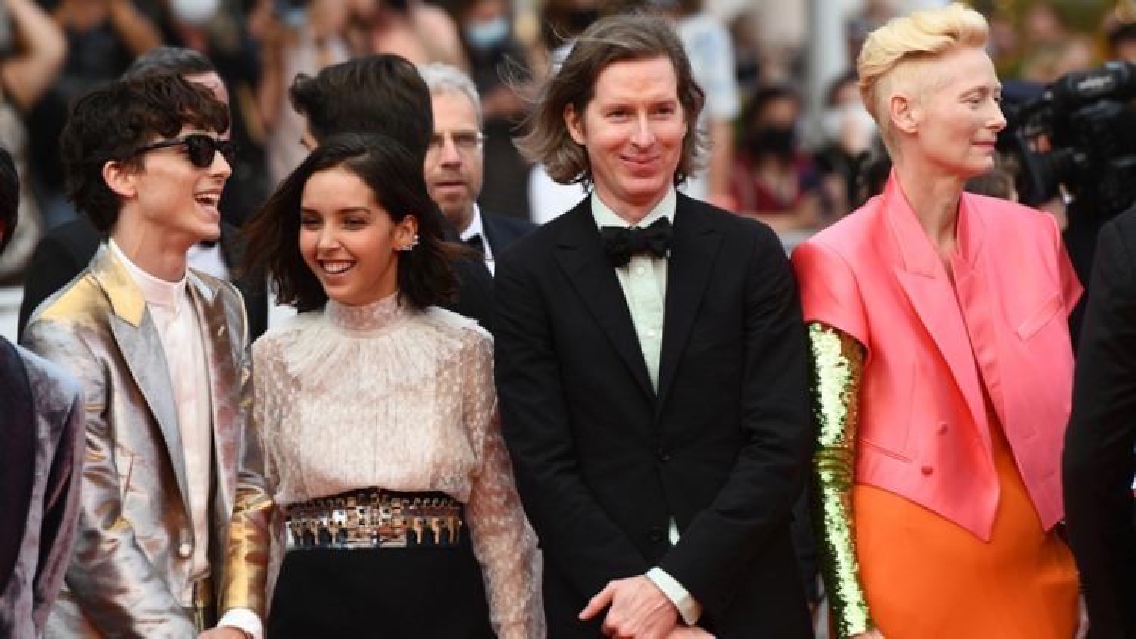 Liên hoan phim Cannes 2021 tốn 1 triệu USD cho xét nghiệm Covid-19