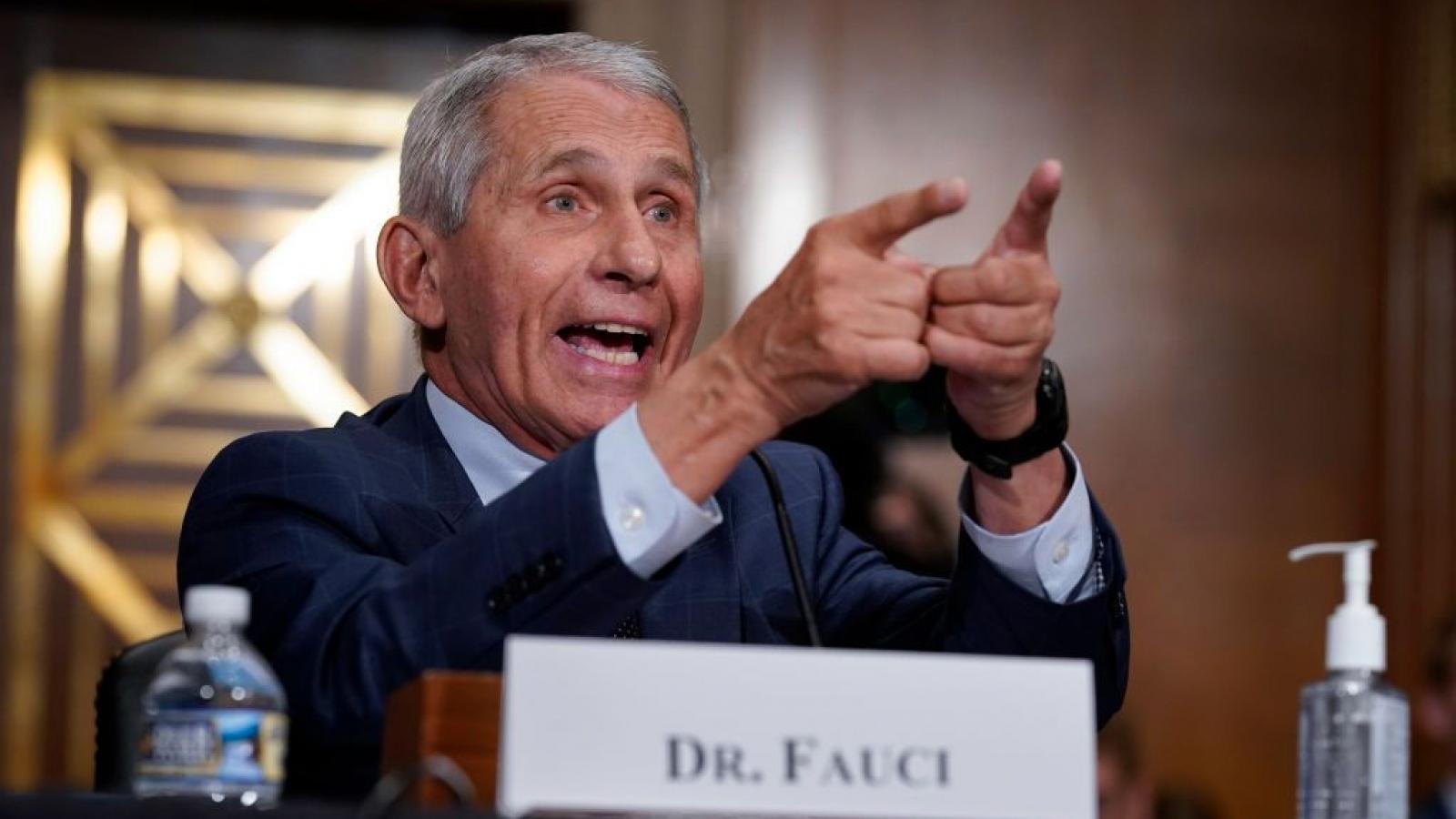 Tiến sĩ Fauci cảnh báo Mỹ đang đi sai hướng trong cuộc chiến chống Covid-19