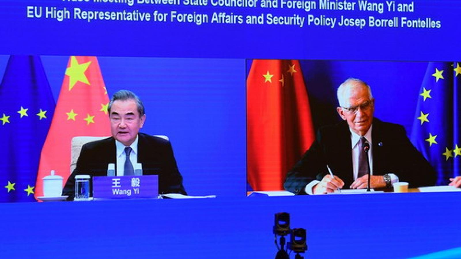 """Trung Quốc kêu gọi EU gạt bỏ mọi sự """"can nhiễu"""" để tiến lên phía trước"""