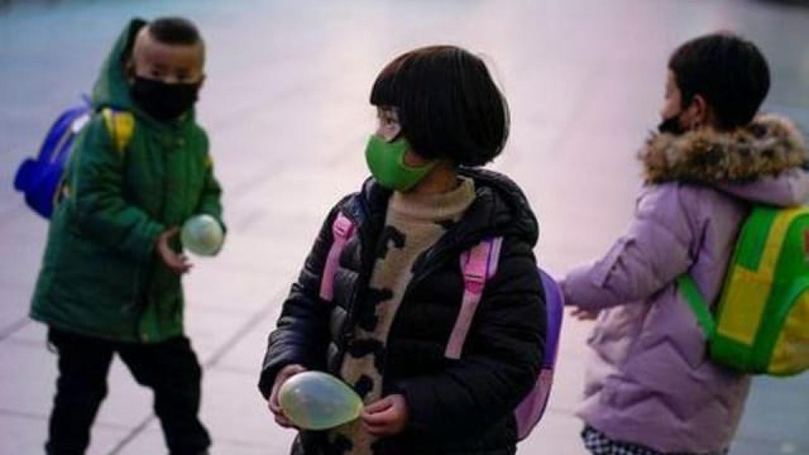 Rất ít các gia đình thành thị sẵn sàng sinh con thứ ba tại Trung Quốc