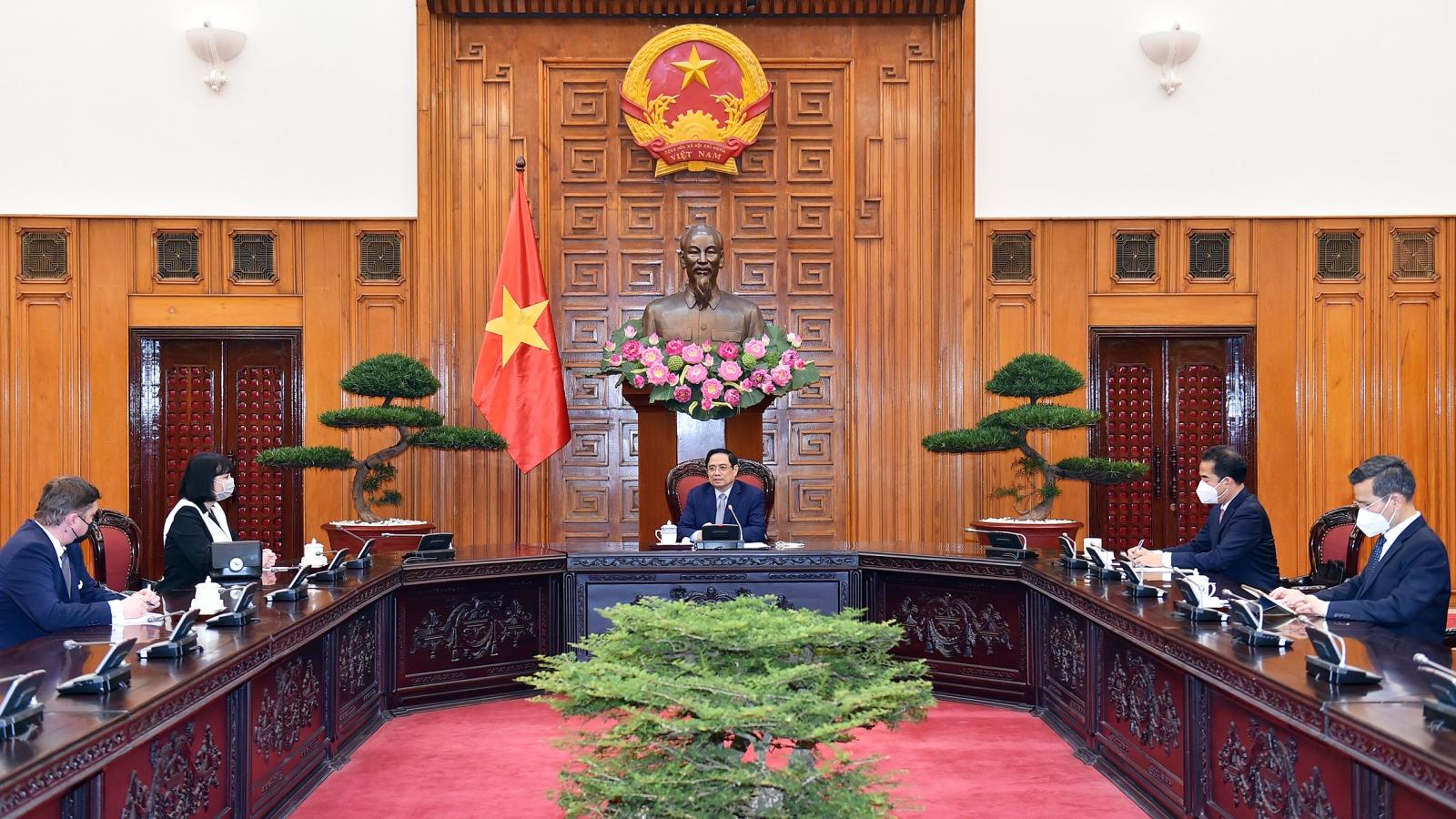 Thủ tướng Phạm Minh Chính đề nghị Romania tiếp tục hỗ trợ Việt Nam vaccine Covid-19