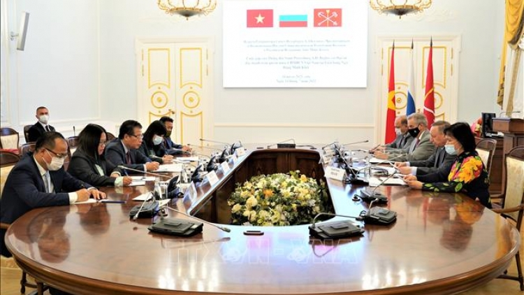 St. Petersburg promotes cooperation with Vietnamese localities