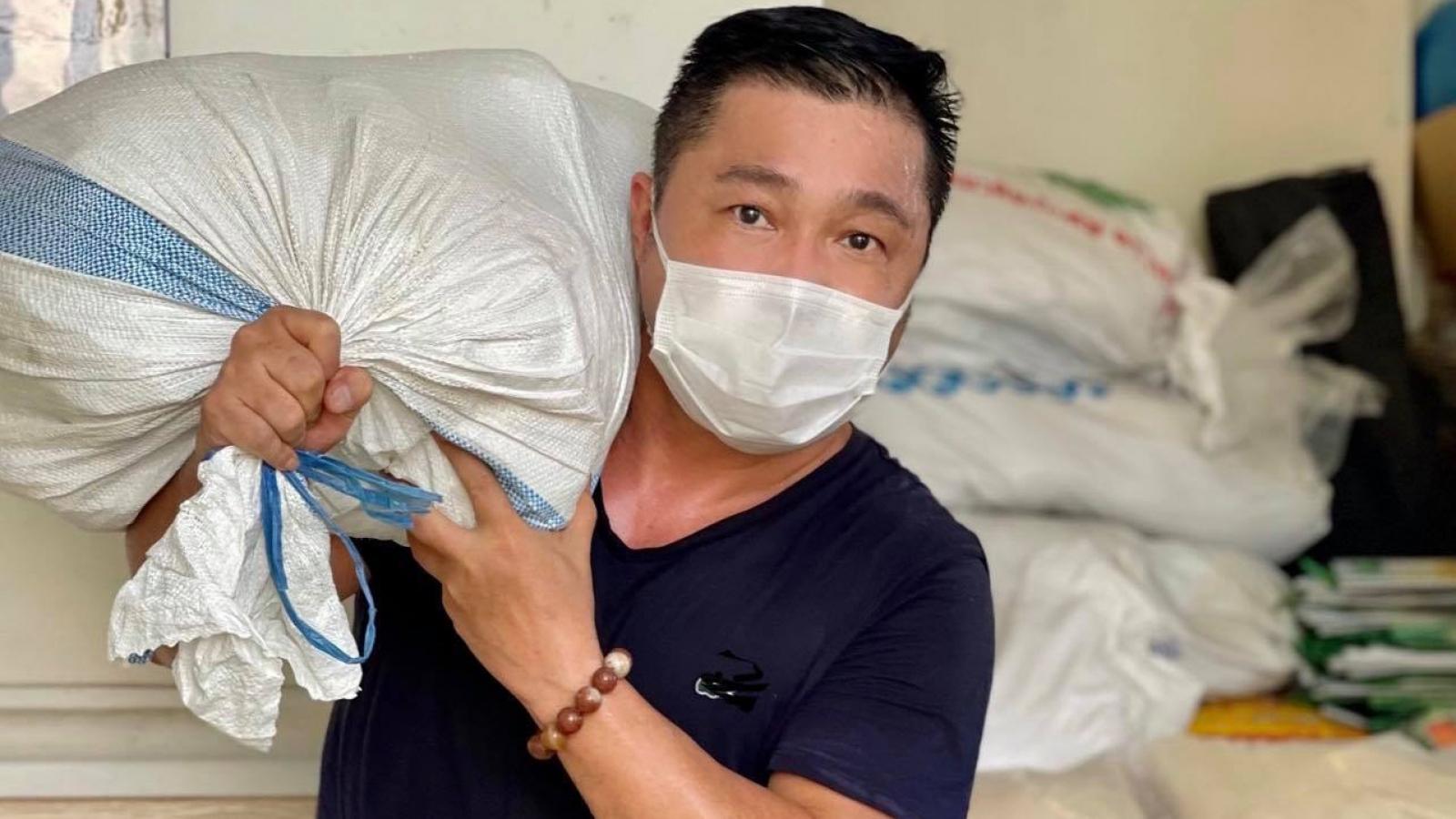 Lý Hùng - Lý Hương góp 1 tỷ đồng chống dịch Covid-19 cho TP.HCM