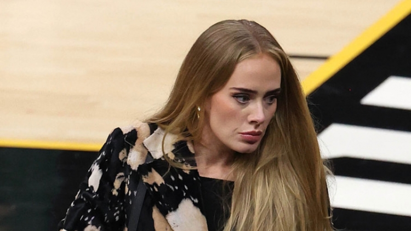 Adele ngày càng tự tin, quyến rũ hơn sau khi giảm 45kg ngoạn mục