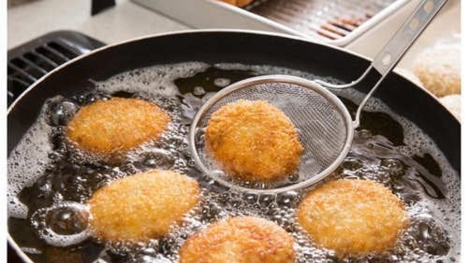 Cách giảm lượng dầu trong đồ ăn chiên rán