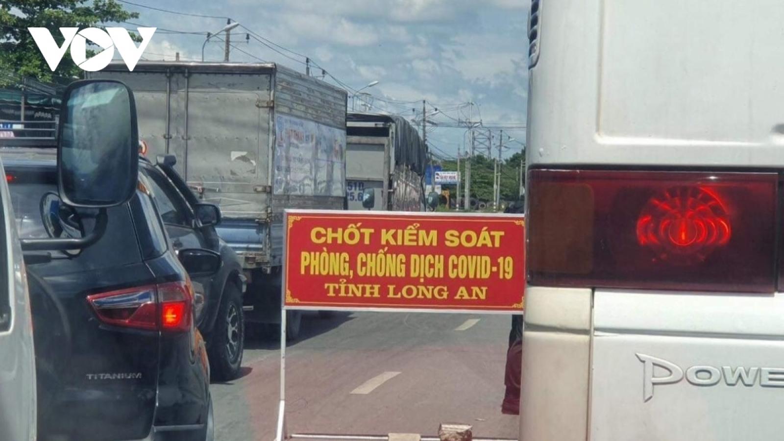 Việt Nam có thêm 633 ca COVID-19 trong 6 giờ qua, phần lớn ở TP.HCM