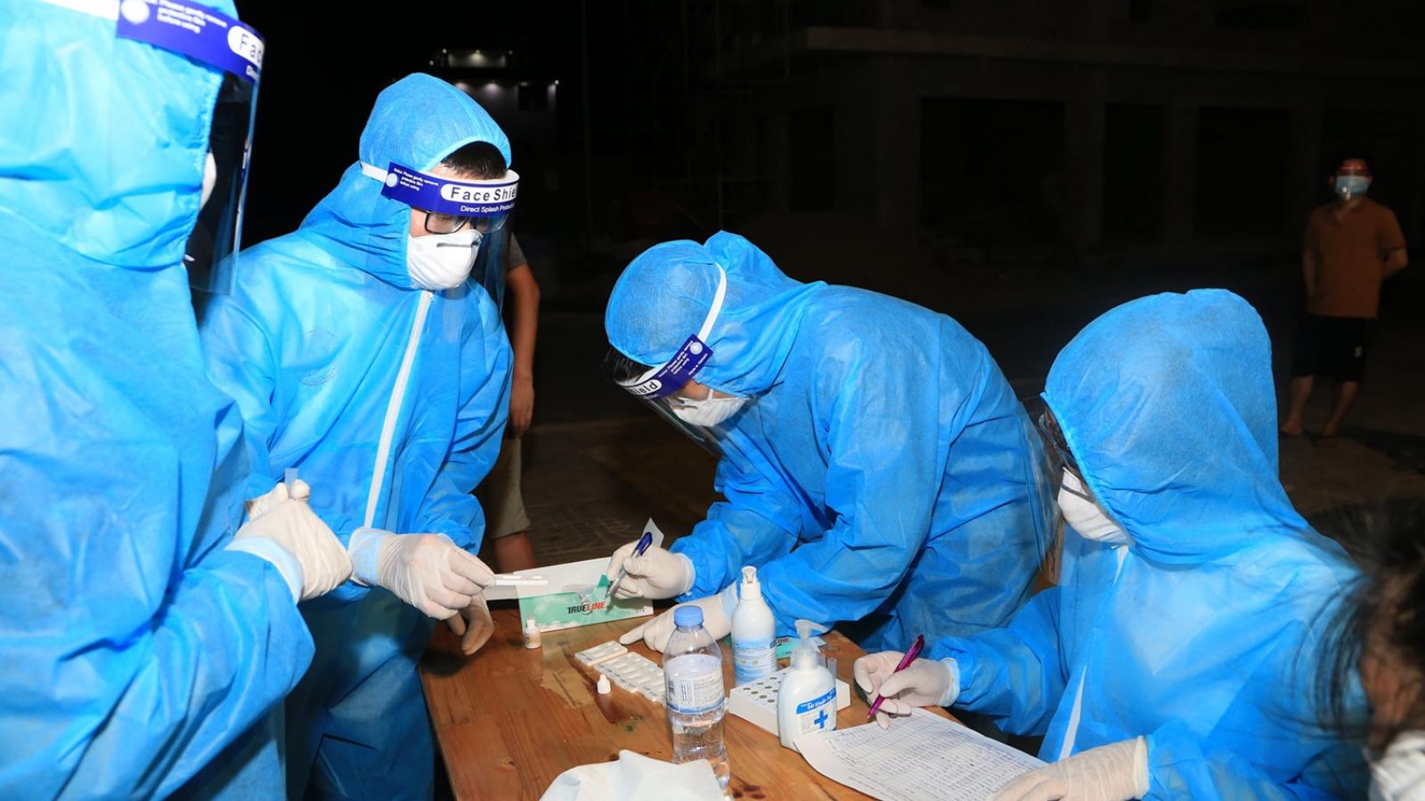 7 trường hợp từ Bình Dương về Nghệ An dương tính với SARS-CoV-2