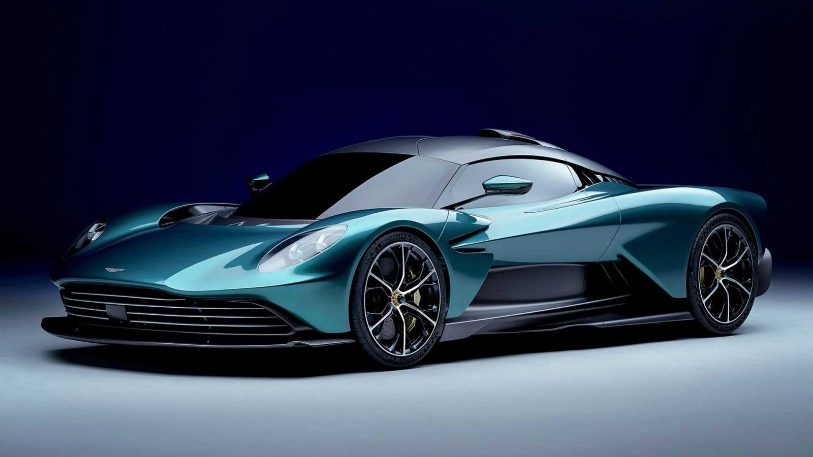 Siêu xe Aston Martin Valhalla ra mắt với hệ dẫn động V8 hybrid