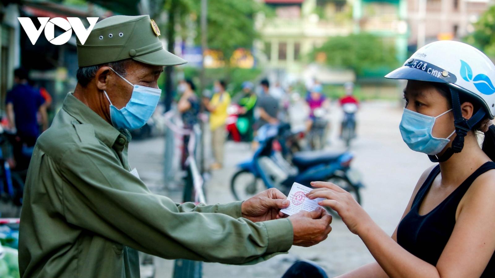 Hanoi capital offers market coupons amid rising COVID-19 threats