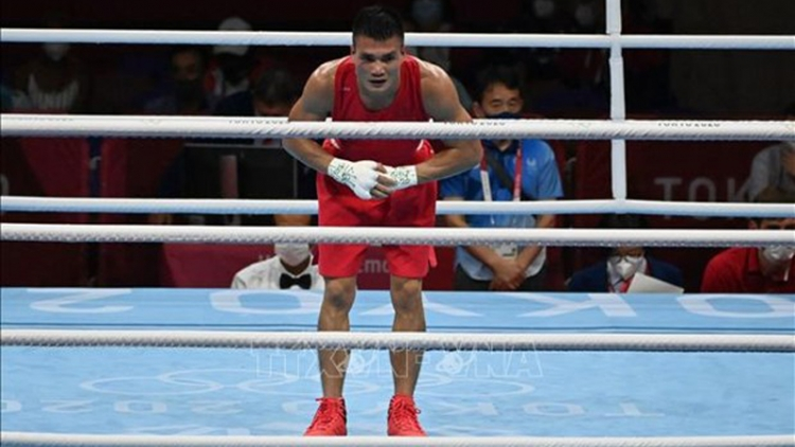 Vietnamese boxer loses to Mongolian rival at Tokyo 2020 Olympics